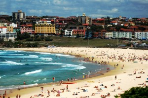 """Photograph of Bondi Beach were the 2016 """"Biggest English Lesson"""" took place"""